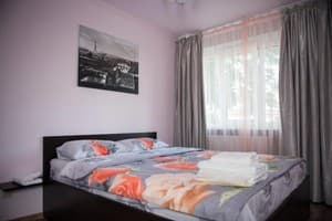 Апарт-отель Rent Apartments. Апартаменты 4-местный Two-bedroom Lux 1